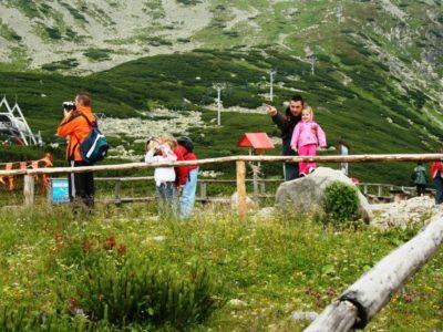 Slovensko sa stáva obľúbenou destináciou. Turistov chodí stále viac.