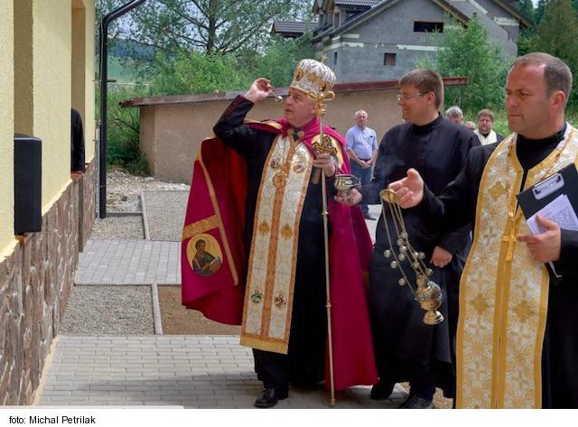 Litmanová má nové pútnické centrum, posvätil ho arcibiskup Babjak
